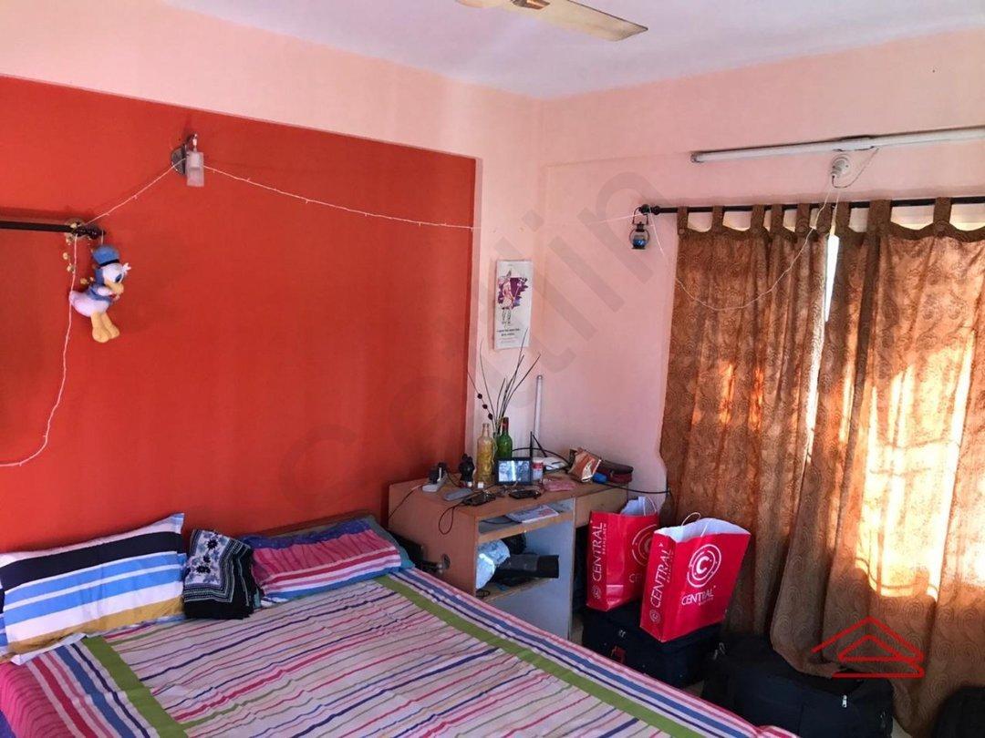 14F2U00200: Bedroom 1