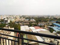 13M5U00440: Balcony 1