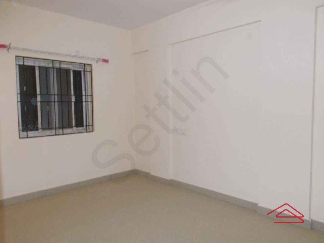 14J1U00382: Bedroom 1