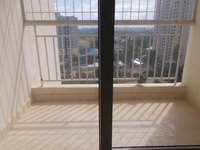 13OAU00185: Balcony 1