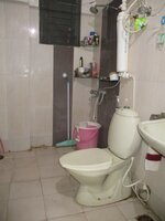 15J1U00500: Bathroom 2