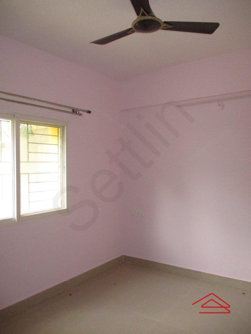 14M3U00459: Bedroom 1