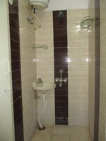 15OAU00048: Bathroom 1