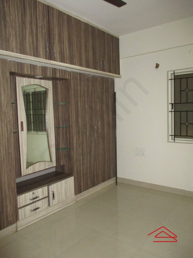 15OAU00048: Bedroom 1