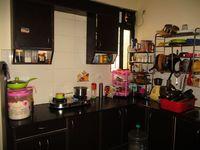 412: Kitchen