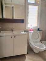 15M3U00015: Bathroom 3