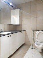 15M3U00015: Bathroom 1