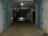 13M5U00477: parking 1