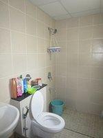 13OAU00024: Bathroom 2