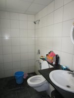13OAU00024: Bathroom 1