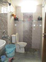 15A4U00002: Bathroom 2