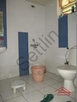 10DCU00254: Bathroom 2