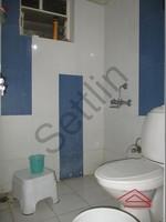 10DCU00254: Bathroom 1