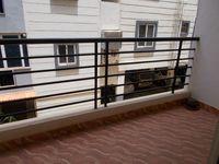 13J7U00091: Balcony 1