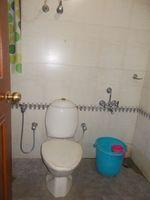 12A4U00104: Bathroom 2