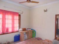 12A4U00104: Bedroom 1