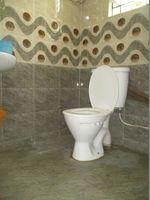 10S9U00207: Bathroom 2