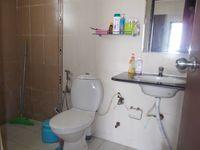 13F2U00149: Bathroom 1
