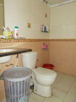 13F2U00149: Bathroom 3