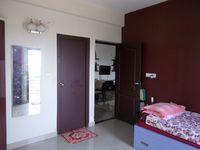 13F2U00149: Bedroom 2