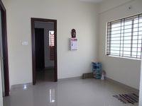 12M3U00081: Hall