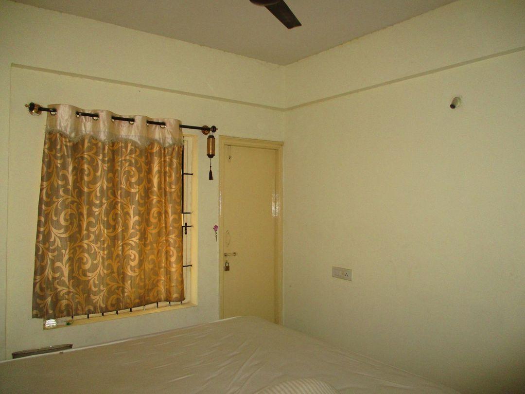 10J6U00380: Bedroom 1