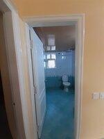 15F2U00051: Bathroom 1