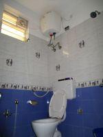 10J6U00488: Bathroom 1