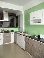 10J6U00488: Kitchen 1