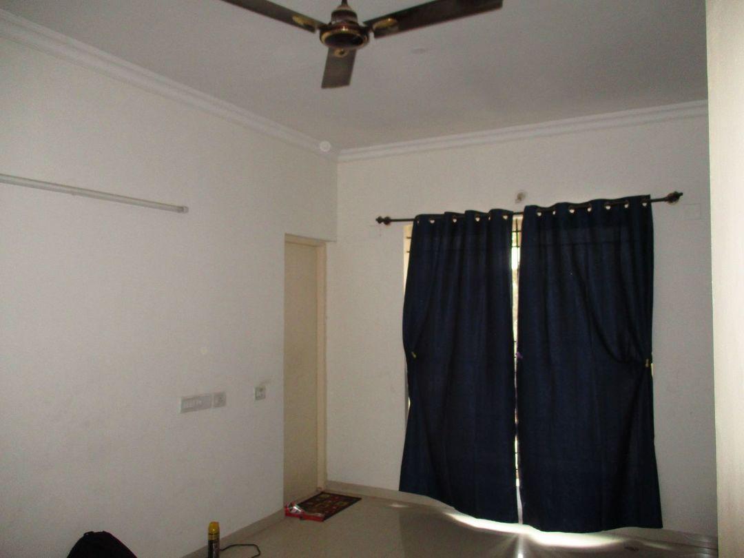 10A4U00248: Bedroom 1