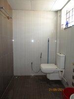 15S9U00720: Bathroom 1