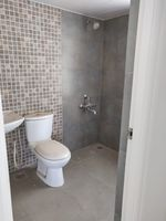 13M5U00350: Bathroom 2