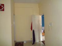 12J6U00174: Bedroom 1