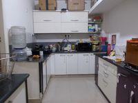 13M5U00153: Kitchen 1
