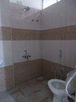 12J6U00431: Bathroom 3