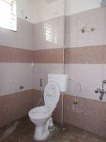 12J6U00431: Bathroom 2