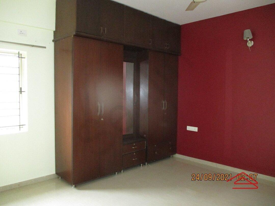 15S9U00911: Bedroom 1