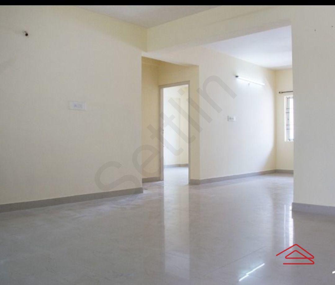 13F2U00528: Bedroom 1