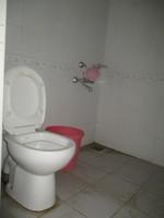 11J7U00023: Bathroom 3