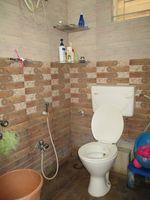 13F2U00309: Bathroom 1