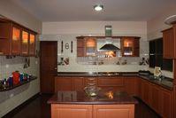 11NBU00148: Kitchen 1