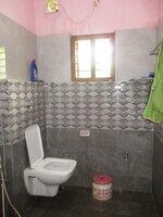 15S9U01015: bathrooms 2