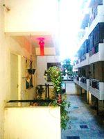 124: Balcony 1