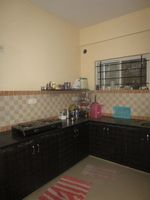 13J7U00117: Kitchen 1