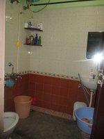 14J6U00200: bathrooms 1