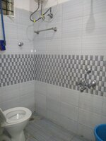 15J7U00150: Bathroom 2