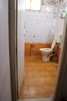 15J7U00069: Bathroom 1