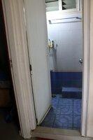 15J7U00069: Bathroom 2