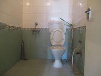 12J7U00306: Bathroom 1