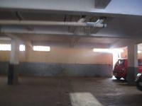12J7U00306: parking 1
